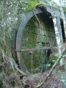 Вертикальное водяное колесо в Испании