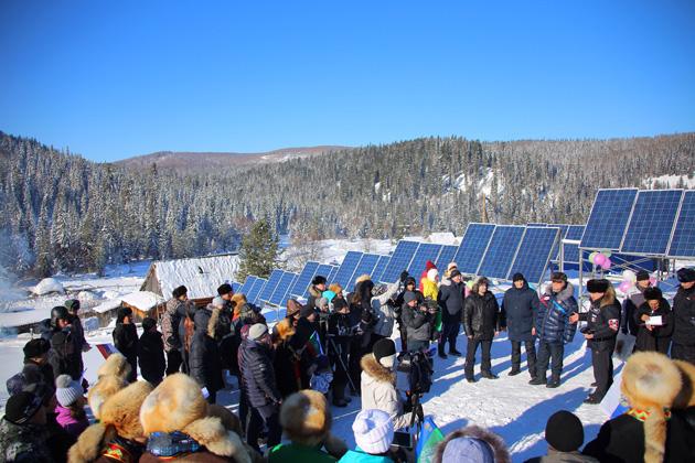 Открытие солнечной электростанции в Эльбеза