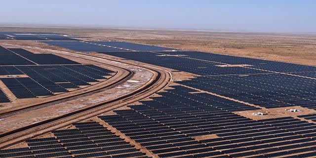 Gujarat-Solar-Park
