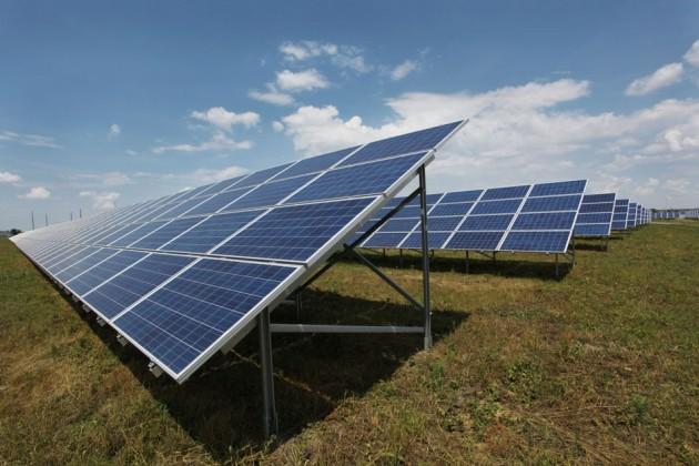 В Крыму строят солнечные станции