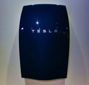 Литий-ионная система Powerwall от Тесла