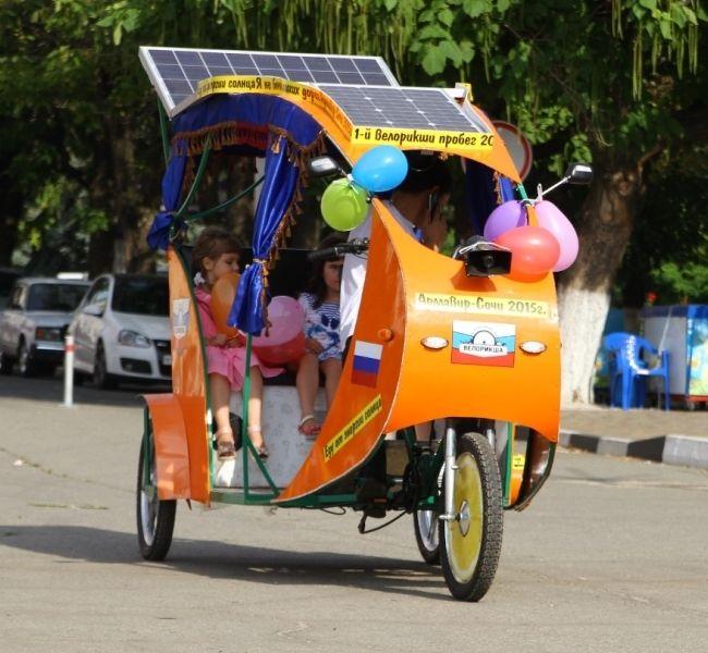 Велорикша с солнечными батареями