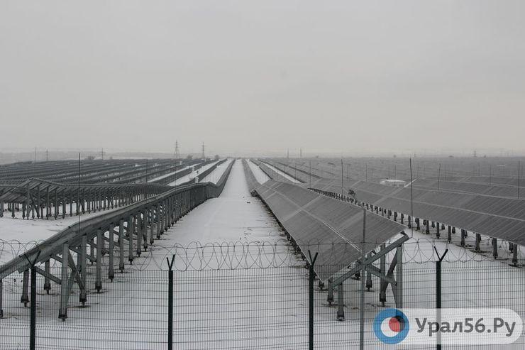 На Орской СЭС установлено порядка 200 тысяч солнечных панелей российского производства