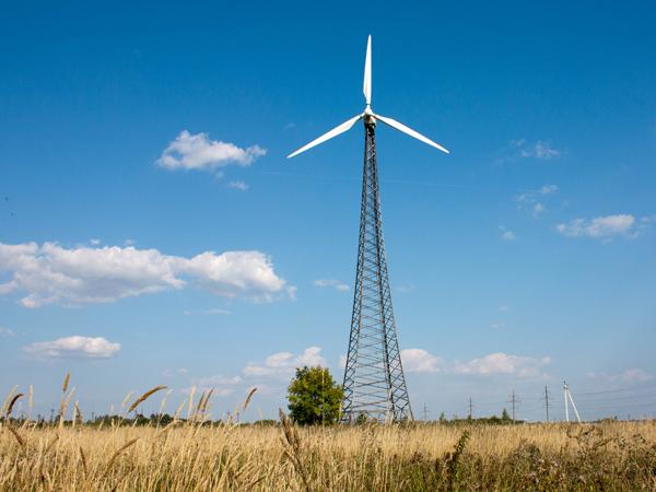 Ветряная электростанция (ВЭС) Nordex 29 в деревне Купёлы