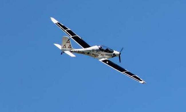 самолет на солнечных батареях VO-Substrata