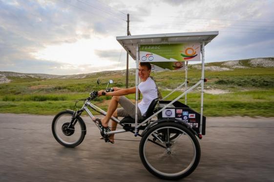 Велосипед на солнечных батареях Гелиос