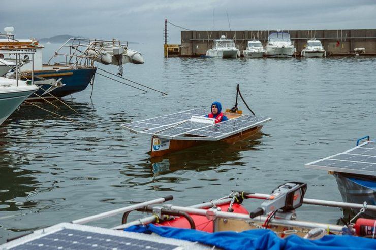 Лодки на солнечных батареях соревнуются во Владивостоке