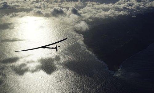 Беспилотный вариант самолет на солнечной энергии Solar Impuls
