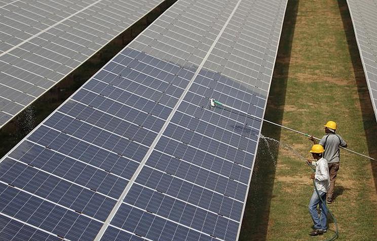 Запуск солнечной электростанции в Индии