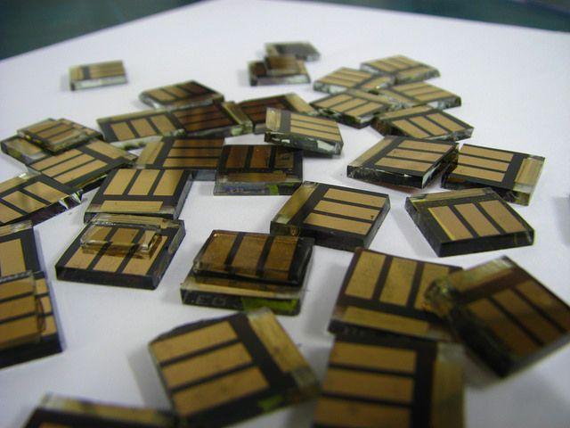 Перовскитовые солнечные ячейки