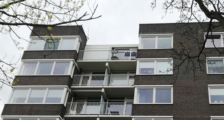 Солнечные батарей на балконе