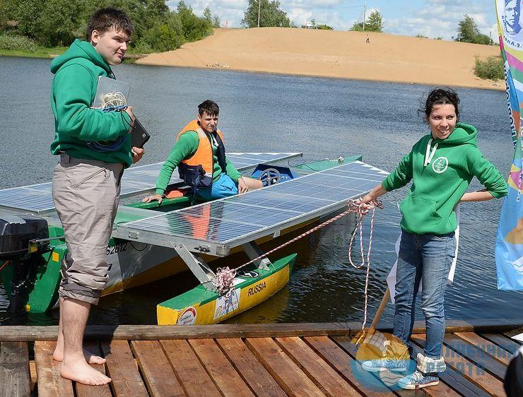Лодки на солнечной энергии