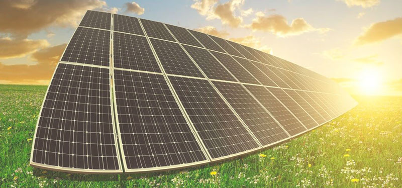 Что является источником солнечной энергии?
