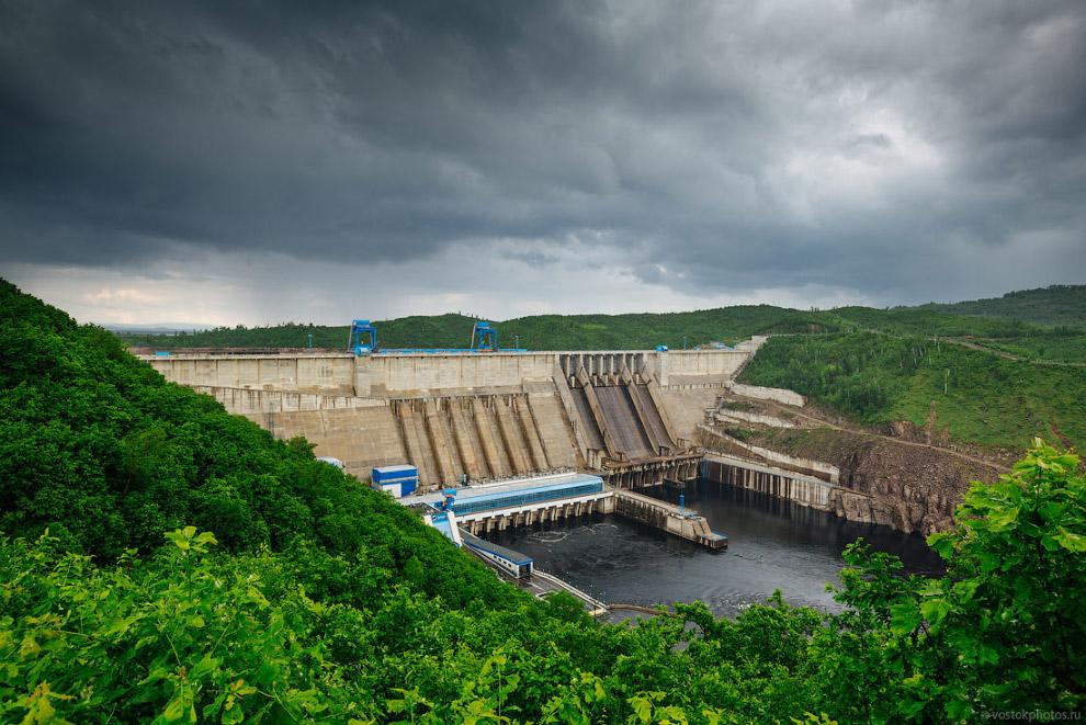 Крупнейшая ГЭС Дальнего Востока