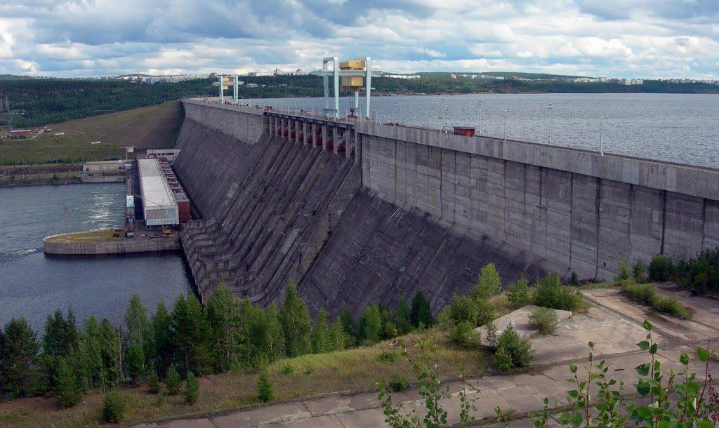 Усть-Илимская электростанция
