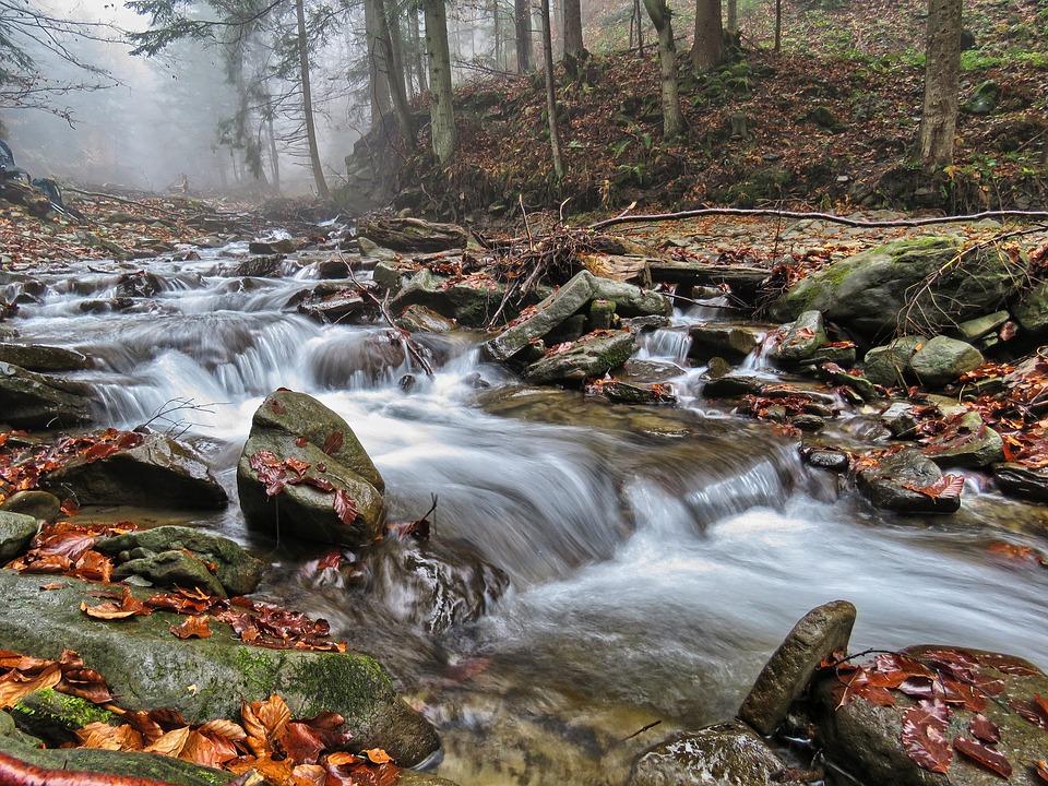 Скорость течения и способы его усиления