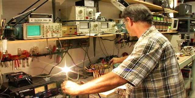 Генератор Бедини своими руками в домашних условиях: вечный двигатель на несколько дней