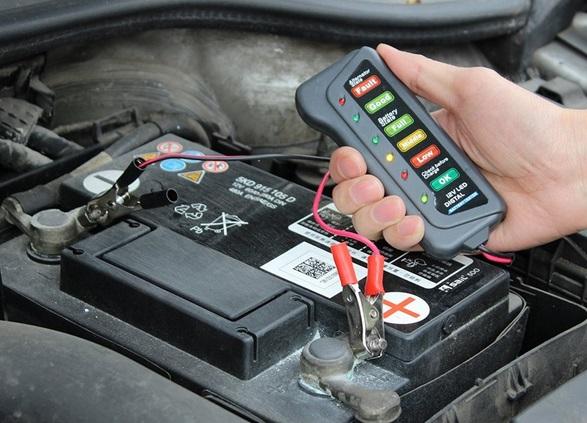 Поддержка заряда аккумулятора автомобиля на достаточном уровне